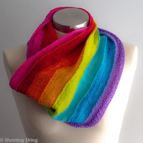 knitted beach rainbow cowl pattern